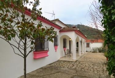 Los Lirios - Complejo Rural Los Lirios - Jimera De Libar, Málaga