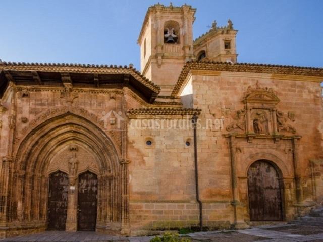 Fachada de la Iglesia de la Santísima Trinidad