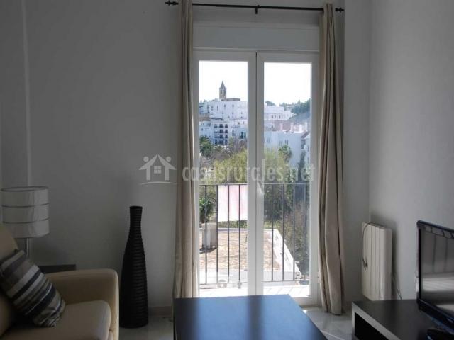 Villas flamenco rentals apartamento vejer en vejer de la for Sala de estar noche