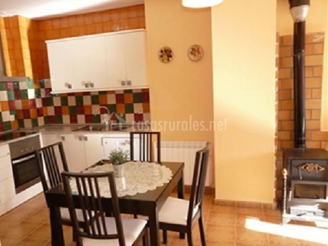 Apartamento A - Apartamentos HIDAMI en Alustante (Guadalajara)
