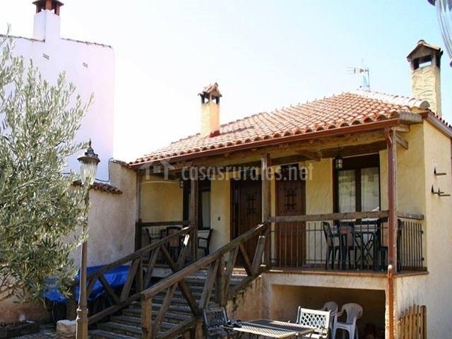 Vista casa Las Tejas y El Palomar desde el exterior