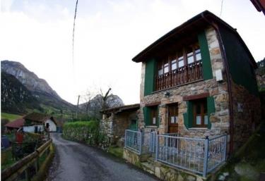Casa Presentina - Proaza, Asturias
