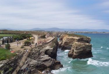 Acantilados de la playa Las Catedrales