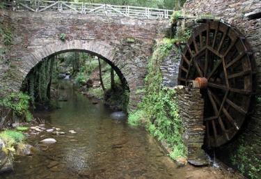 Puente en Taramundi