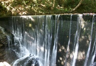 Cascada en el entorno de Taramundi