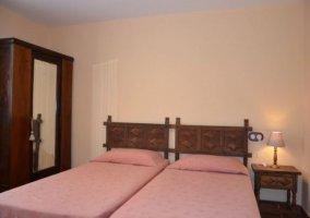 Dormitorio doble con camas indiviuales