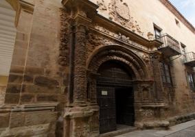 Puerta Alhorí