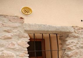 Detalle fachada con ventana