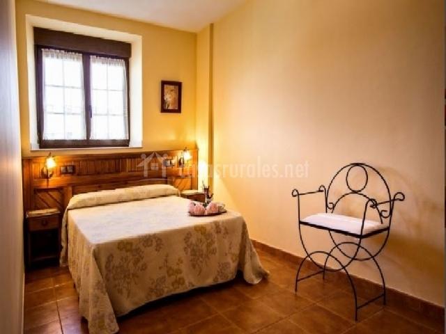Casa la tierruca en hoz de anero cantabria for Apartamentos toraya cantabria