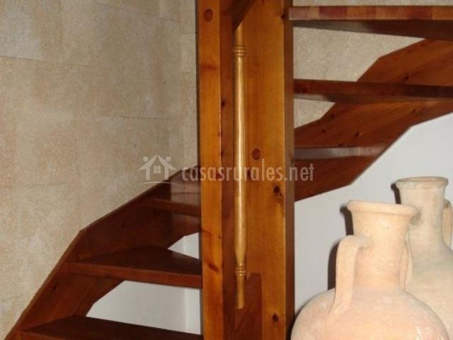 Detalle de la vasija junto a las escaleras
