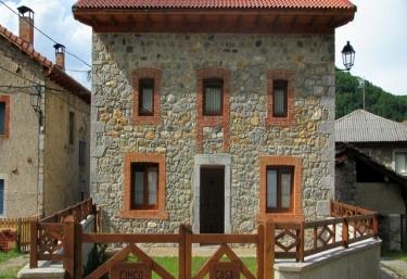 Casa Rural Cinco Leyendas - Liegos, León