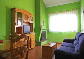Mueble con televisión