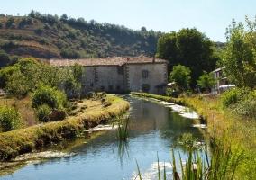Tramo del río Polla en la localidad
