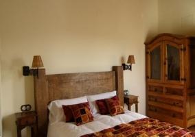 Habitación con cama matrimonio
