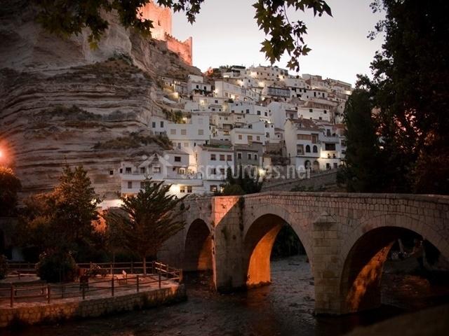 Puente Romano Matrimonio : Los olivos casa pax habitaciones en alcala del jucar