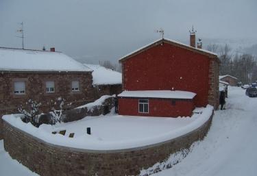 Casa Rural La Cova - Suano, Cantabria