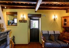 Salón con cocina y comedor integrado