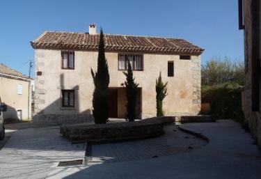 Casa de la Maestra 1 - Madarcos, Madrid