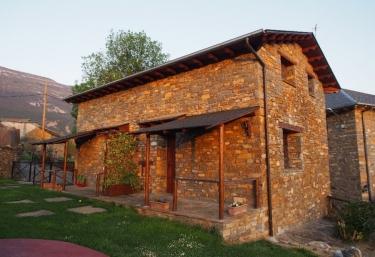 Casas Molinero - Samper, Huesca