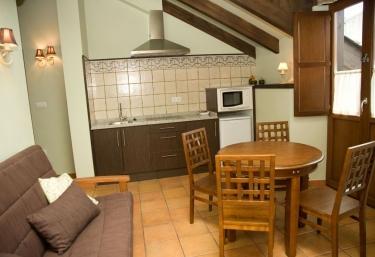 Apartamentos A Estación- Boulloso - A Pontenova (Casco Urbano), Lugo