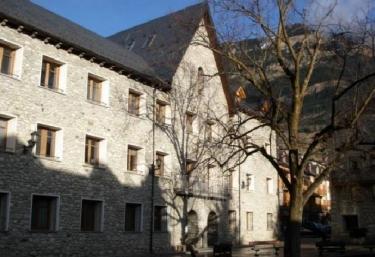 Apartamento Los Tilos - La Pasarela - Benasque, Huesca