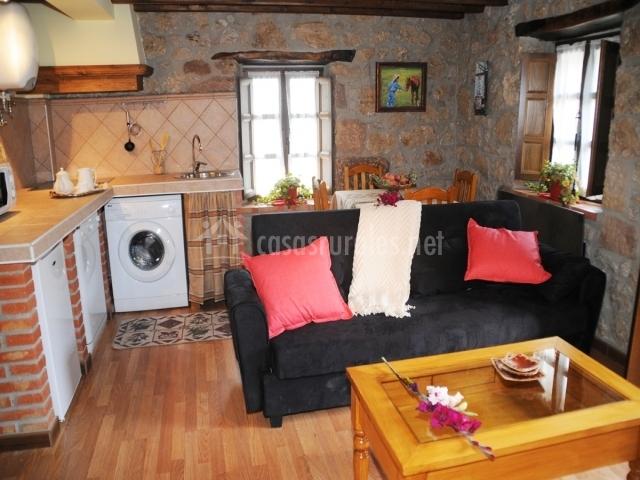 Apartamento hazas el t o pablo apartamentos rurales en for Cocina abierta sala de estar