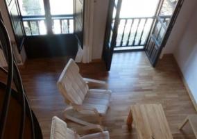 Sala de estar con sillones
