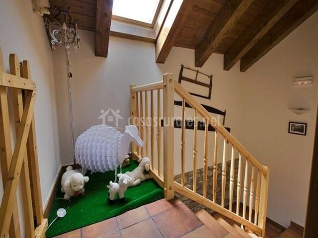 Ovejas en lo alto de la escalera
