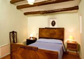Dormitorio de matrimonio de la casa elegante