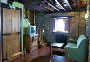 El Campo - Apartamentos Colsa - Los Tojos, Cantabria