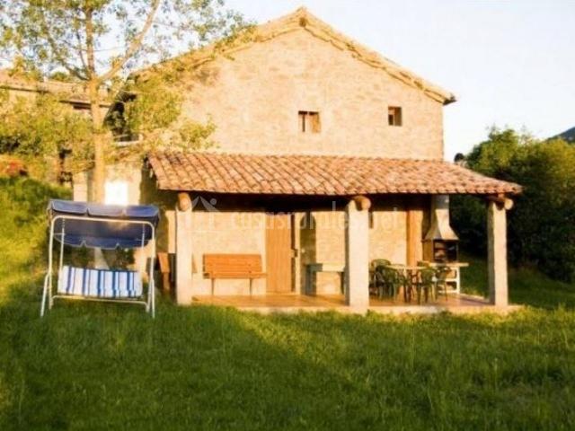 Can caubet iii en capolat barcelona - Casas rurales bcn ...