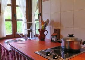 Cocina con microondas y tostador