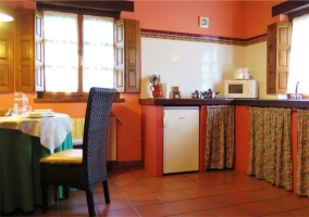 Sala de estar y cocina abuhardillada