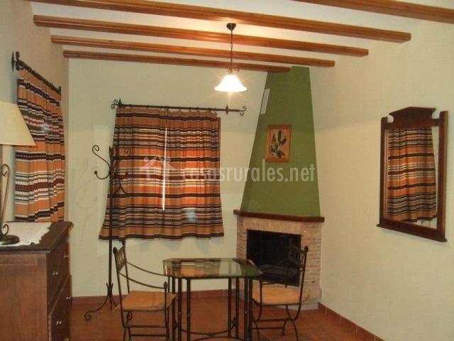 Casa tonet forcall 1 en forcall castell n for Registro bienes muebles castellon