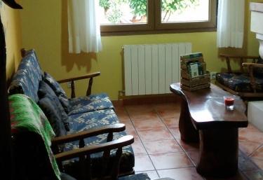 Lábaro - Apartamentos Rulolla - Roiz, Cantabria