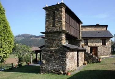 A Cabanela - Casa Carballeira - Ribadeo (Casco Urbano), Lugo