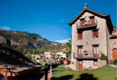 Espantabrujas - Santa Cruz De La Seros, Huesca