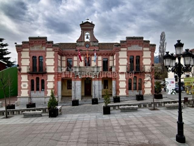 Hotel el rinc n de rascafr a hoteles rurales en - Casarse ayuntamiento madrid ...