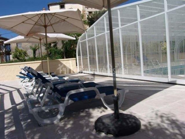 Apartamento sanz arpan en asque huesca for Hamacas de piscina