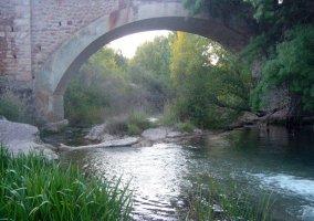 Puente en Boniches