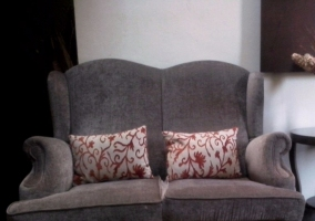 Sofá en gris