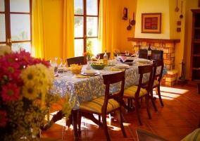 Salón con comedor