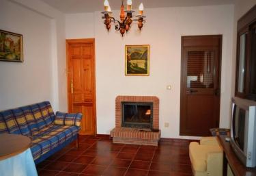 Casa Rural El Sendero - El Burgo, Málaga