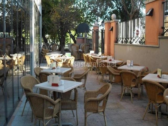 Hotel los lanceros en san lorenzo de el escorial madrid - Muebles campillo madrid ...