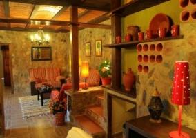 Salón muros de piedra