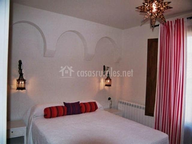 Casa los espinares en rascafria madrid - Dormitorios arabes ...