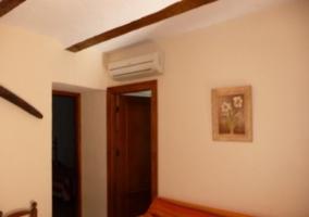 Sala principal con chimenea