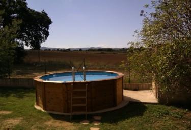 Casas rurales con piscina en girona for Casas rurales con piscina en alquiler