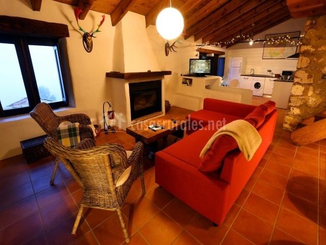 El recoveco de segura de la sierra en segura de la sierra for Cocina abierta sala de estar