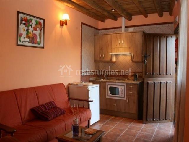 Posadas de granadilla apartamentos b en zarza de for Cocina abierta sala de estar